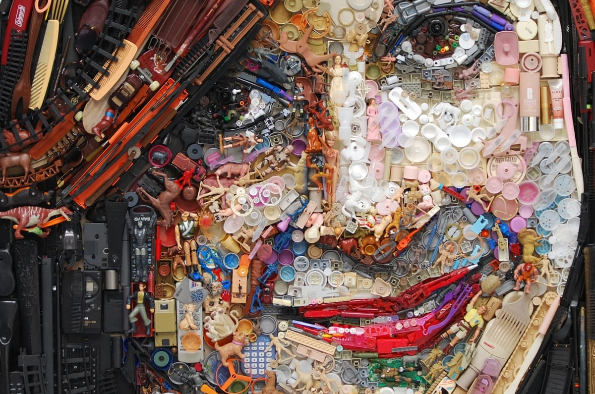 Portrait-of-an-Artist-Header